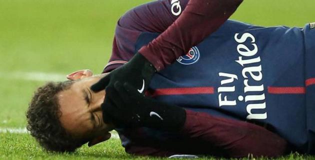 Неймару предрекли остаток сезона без футбола из-за рецидива травмы