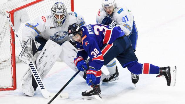 """""""Барыс"""" лишился лучшего снайпера и второй раз в сезоне проиграл лидеру КХЛ"""