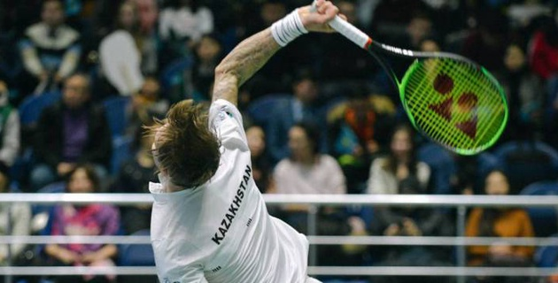 Российский теннисист дебютировал с победы за сборную Казахстана в Кубке Дэвиса