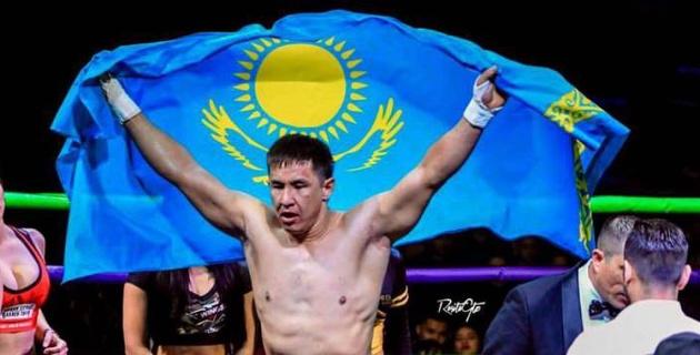 Казахстанский боксер нокаутировал мексиканца в первом раунде