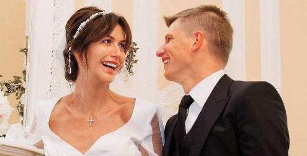 Полиция начала проверку после заявления жены на Аршавина