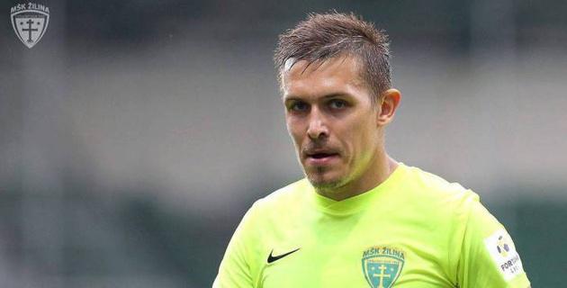 Клуб КПЛ просматривает выступавшего за европейскую сборную нападающего