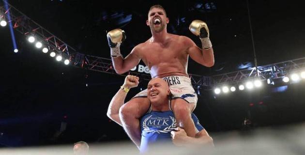 Сондерс после ухода из веса Головкина получил бой за титул чемпиона мира в новом дивизионе
