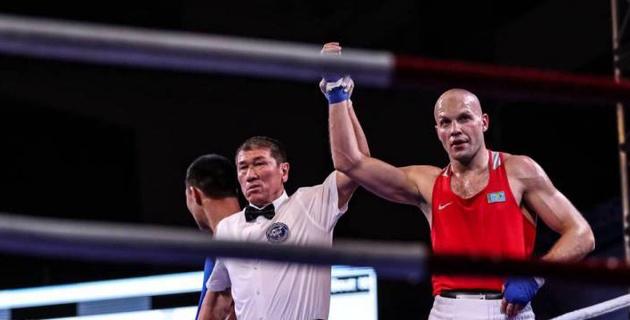 Казахстанские боксеры выиграли все пять боев на международном турнире в Болгарии и вышли в финал