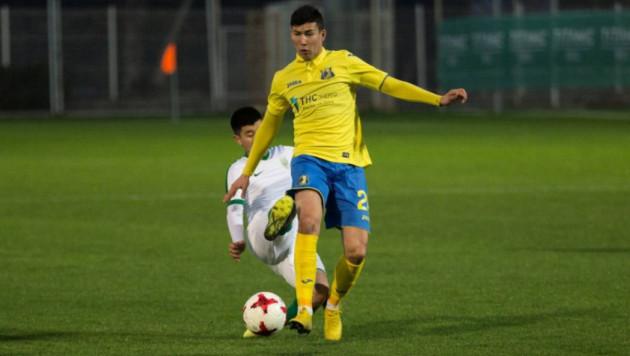 Футболист сборной Казахстана Зайнутдинов дебютировал за клуб российской премьер-лиги в официальных матчах
