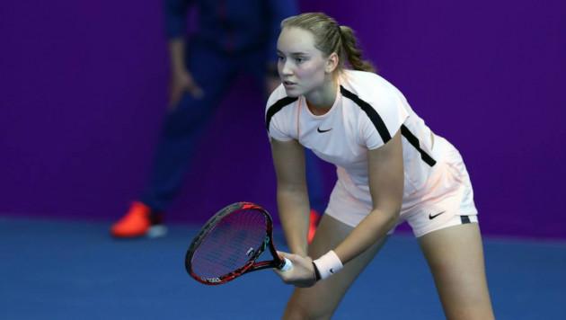 Казахстанская теннисистка Рыбакина выиграла турнир в Москве в двух разрядах