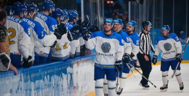 Сборная Казахстана по хоккею разгромила Швецию и одержала вторую победу на Универсиаде