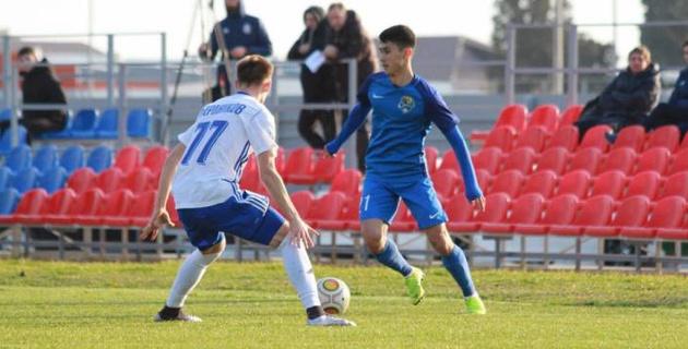 20-летний казахстанский футболист дебютировал за российский клуб в победном матче