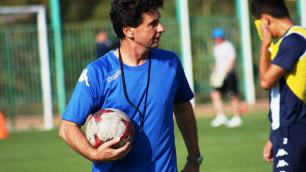ФИФА обязала казахстанский клуб выплатить компенсацию своему бывшему тренеру