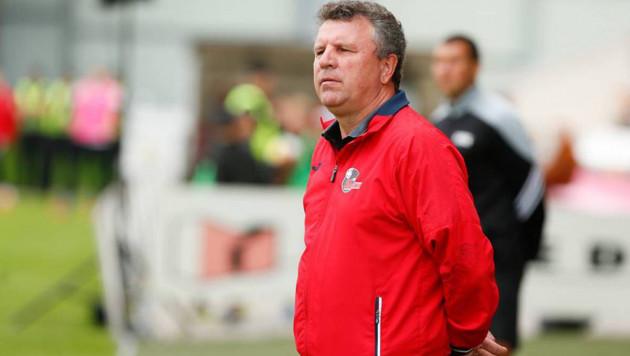 Клуб казахстанского тренера выиграл третий матч подряд и вышел в лидеры зарубежного чемпионата