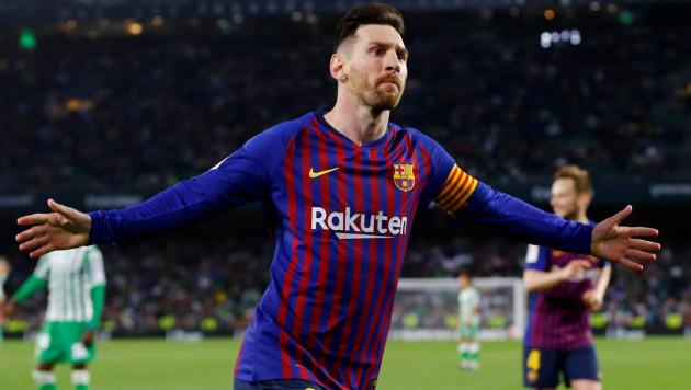 """Хет-трик Месси помог """"Барселоне"""" разгромить """"Бетис"""" и увеличить отрыв от второго места в чемпионате Испании"""