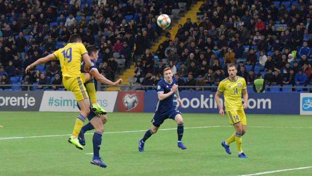 """""""Чтобы Казахстан знали, уважали и боялись"""". Форвард - о победном старте и цели в отборе на Евро-2020"""