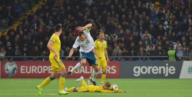 Видео голов и обзор матча Казахстан - Россия в отборе на Евро-2020
