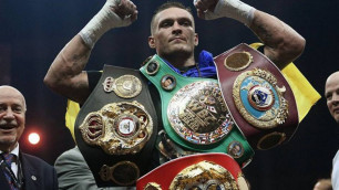 WBC разрешил Усику сохранить пояс чемпиона мира