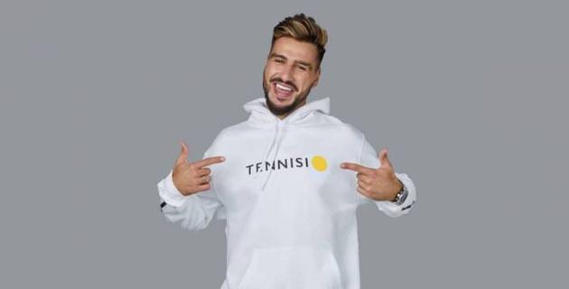 Самый популярный футбольный блогер из России стал амбассадором БК Tennisi