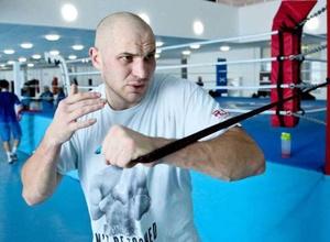 Казахстанец Дычко раскритиковал Джошуа, припомнил ему бой на ОИ и бросил вызов на 1 июня