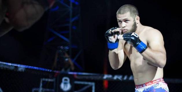 Первый в истории UFC уроженец Казахстана проиграл нокаутом в дебютном бою