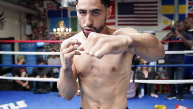 Раскритиковавший Головкина боксер бросил вызов Пакьяо