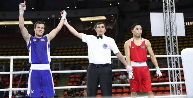Третий казахстанец подряд проиграл в полуфинале чемпионата Азии по боксу