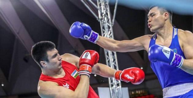 Засудили казахстанца? Видео поражения супертяжа Кункабаева от узбекского боксера в финале ЧА