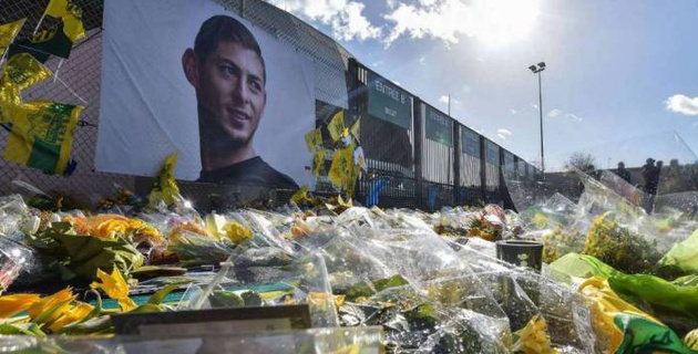 Отец погибшего футболиста Салы скончался через три месяца после потери сына
