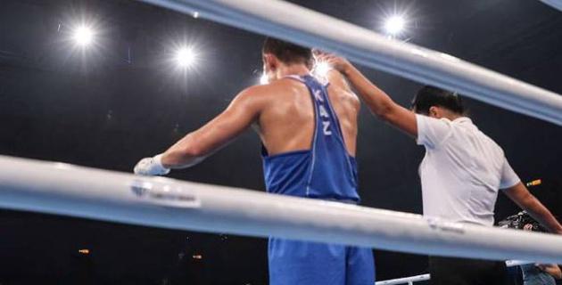 Две досрочные победы, или как юные казахстанские боксеры выступают в Азербайджане