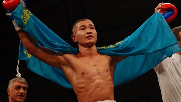 Казахстанец из компании Фьюри и Сондерса победил российского боксера