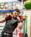 Казахстанец из GGG Promotions перешел к новому тренеру Головкина
