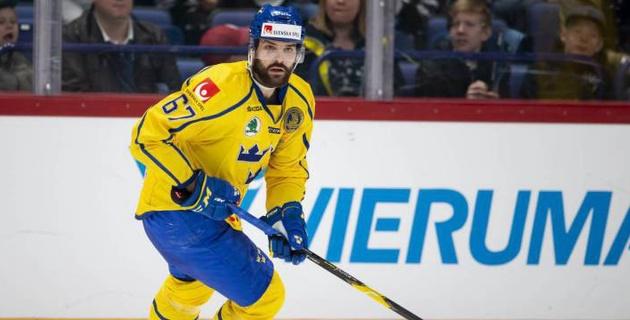 """Нападающий сборной Швеции по хоккею близок к переходу в """"Барыс"""""""