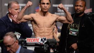 Чемпион мира WBC с 11 нокаутами выступит в Нур-Султане вместе с казахстанцами Тураровым и Коточиговым