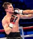 Казахстанский боксер получил соперника с 15 победами в ММА в андеркарте чемпиона мира