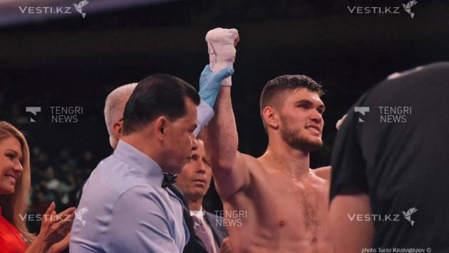 Али Ахмедов нокаутировал американца и завоевал титул от WBC в андеркарте Головкина