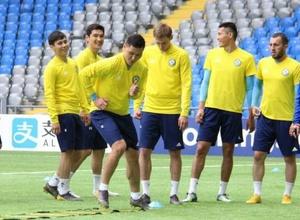 О чем говорили Билек с Зайнутдиновым, или как Казахстан готовится к матчу с худшей командой мира