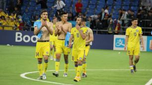 Голые торсы и самолетики. Как казахстанцы праздновали победу над Сан-Марино в отборе на Евро-2020