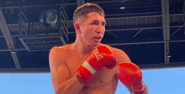 Казахстанец Ашкеев узнал дату и место первого боя после завоевания титула