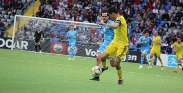 """""""Они в хорошей форме, но..."""". Есмагамбетов назвал главную проблему сборной Казахстана и оценил ее перспективы в отборе на Евро-2020"""