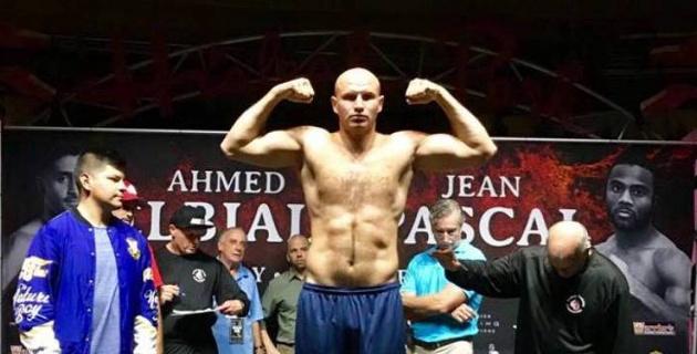 Для казахстанца нашли замену экс-сопернику чемпиона WBA, WBO, IBF и IBO