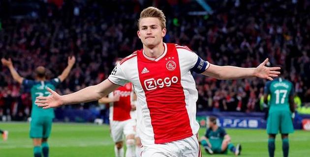 """Отказавший """"Барселоне"""" лучший молодой футболист Европы может стать одноклубником Роналду"""