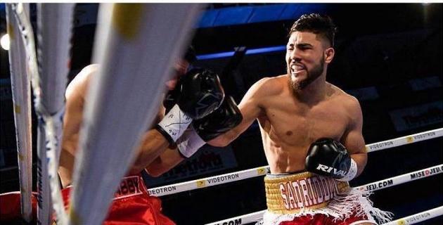 """Видео нокаута, или как """"молодежный"""" чемпион WBC из Казахстана выиграл девятый бой в профи"""