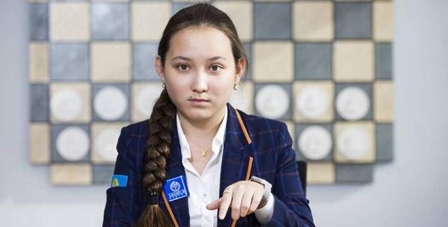 """""""Против компьютера играть бесполезно"""". Жансая Абдумалик - об играх против мужчин, своей цели, кумире и поддержке шахмат в Казахстане"""
