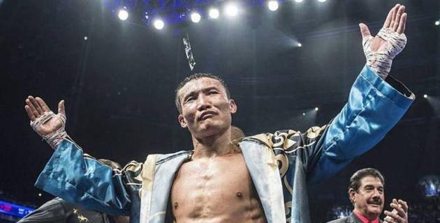 """""""Посвящаю победу казахскому народу"""". Ислам после нокаута за 10 секунд назвал свою главную задачу в боксе"""