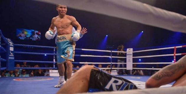Видео глубокого нокаута от Каната Ислама в первом раунде титульного боя