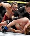 Американский боец отправил небитого экс-чемпиона Bellator и One FC в глубокий нокаут за пять секунд и установил рекорд UFC