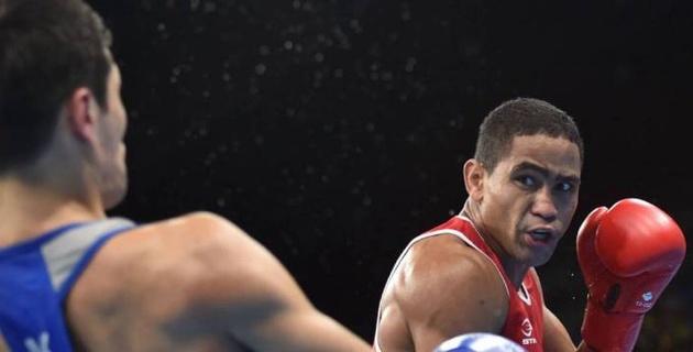 Соперник Елеусинова и Сапиева по ОИ сенсационно нокаутировал небитого боксера с 20 победами