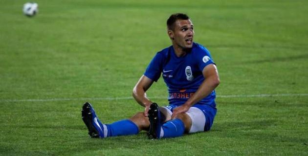 Молодой казахстанец из зарубежного клуба близок к переходу к лидеру чемпионата