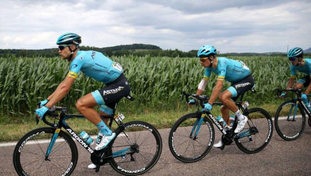 """Капитан """"Астаны"""" ворвался в десятку лидеров """"Тур де Франс"""" после восьмого этапа"""