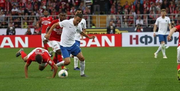 Клуб казахстанца Бахтиярова пропустил гол на 94-й минуте и дебютировал в РПЛ с поражения