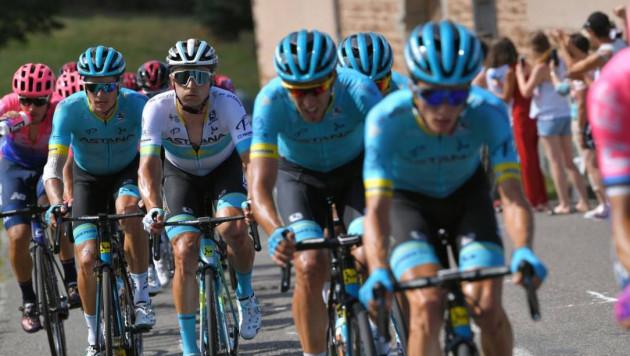 """Капитан """"Астаны"""" остался в десятке общего зачета после девятого этапа """"Тур де Франс"""""""