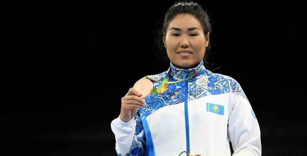 Бронзовая призерка Олимпиады из Казахстана выиграла Кубок Президента РК по боксу в новой категории