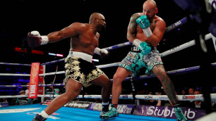 Бой между экс-претендентами на титул WBC в супертяжелом весе закончился страшным нокаутом